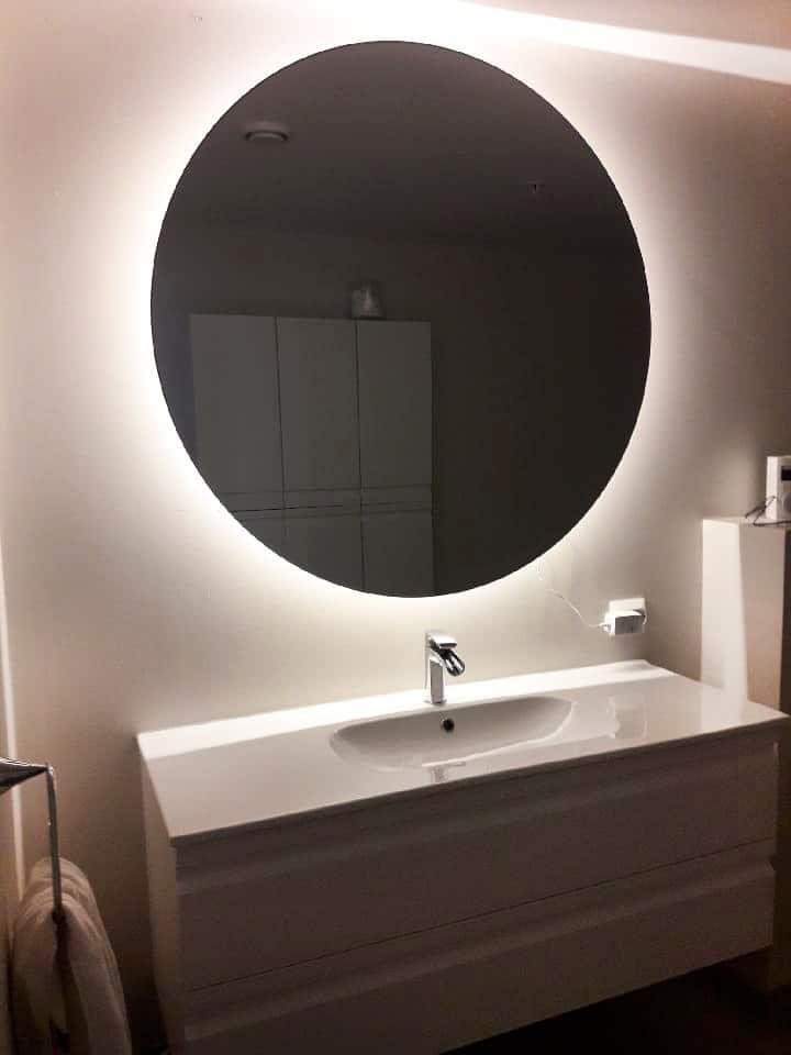 rundt speil med lys haugesund / karmøy